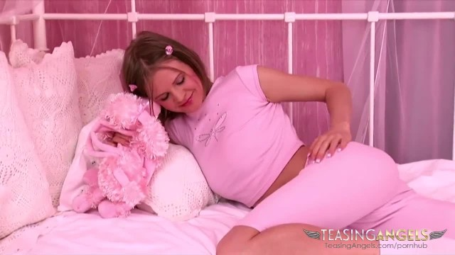 The Sex Toy is her best Friend when she Wakes up
