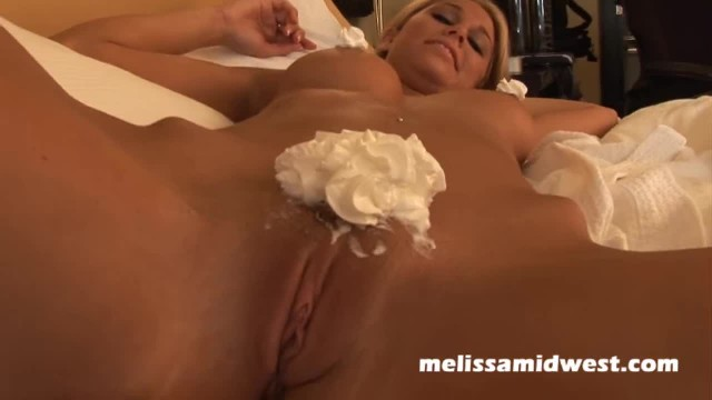Melissa Midwest - Food Porn and Orgasm