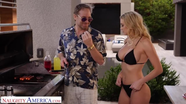 Naughty America Brenda Phillips Fucks the new Neighbor Memorial Day Style