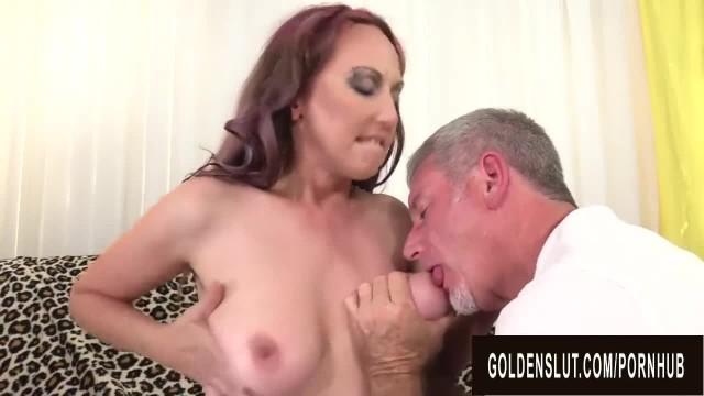 Experienced Geezer makes Mature Zoe Matthews go Wild using Tongue and Cock