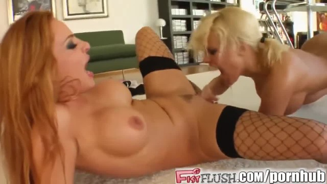 Crazy Pussy Fisting Lesbians Screaming,squirting everywhere in Stockings