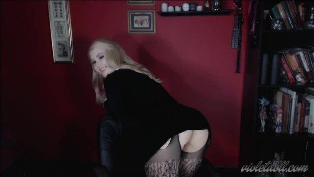 POV Strapon BJ with Hot Violet Doll