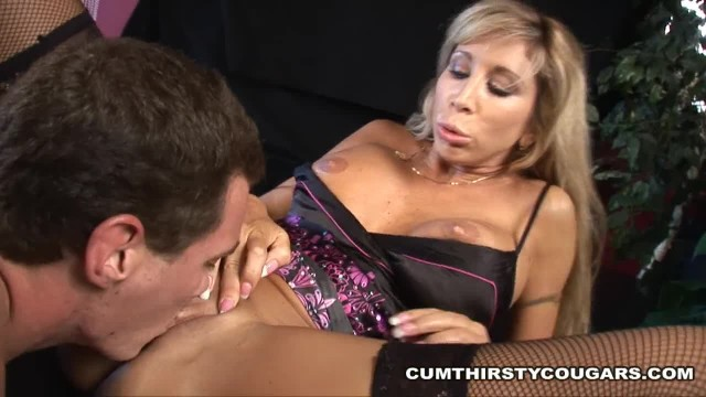 Cougar Teaches Young Buff Stud to Fuck her MILF Cunt