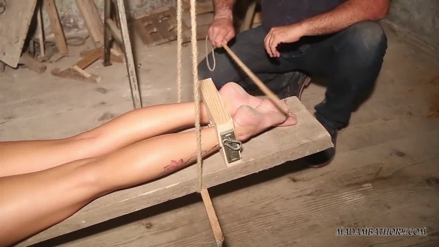 Kinky Babe Luna Punished in South American Prison