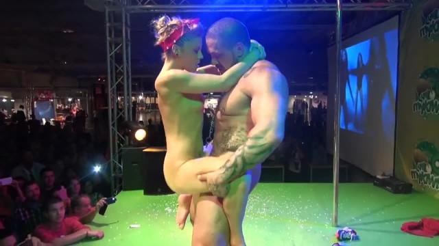 Rob Diesel Public Sex Show