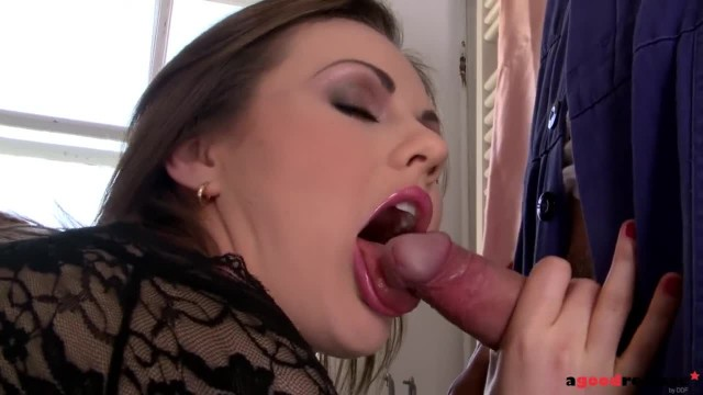 Plumber gets his Rock-hard Dick Sucked by Cum-hungry MILF Tina Kay
