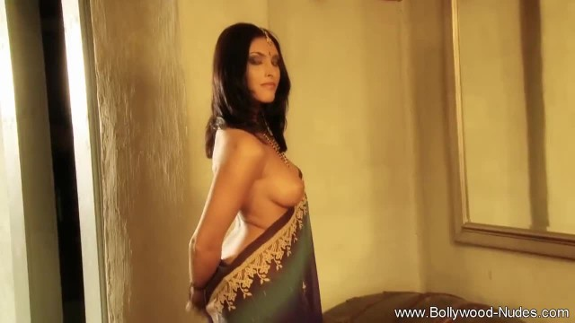 Exotic Seduction with Brunette MILF Beauty