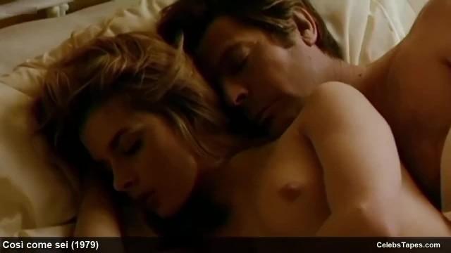 Nastassja Kinski & Ania Pieroni Exposing their Nude Stunning Bodies