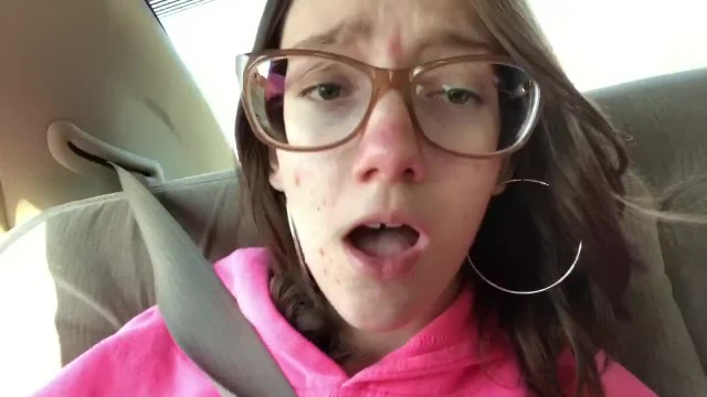 Teen Girl Plays with herself while Dad Drives
