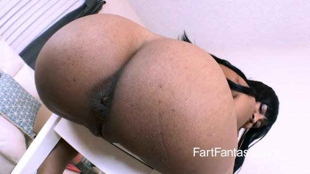 Ass Worship and Fart Fantasy with Jazzy Jamison
