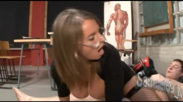 Hot German Lady Giving an Anatomy Lesson