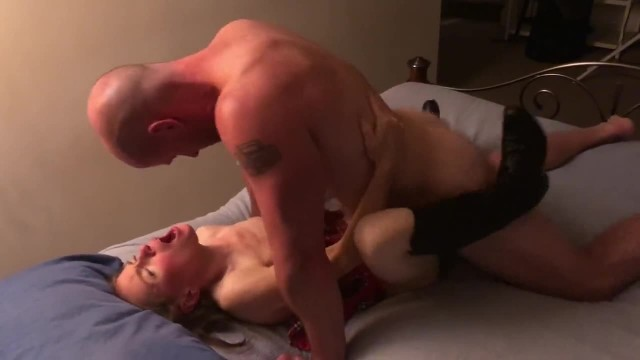 Big White Cock Stretches Mature Pussy