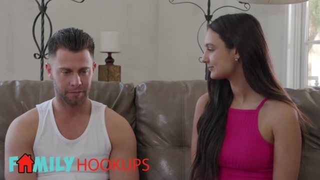Family Hookups- Awkward Stepsister Eliza Ibarra Craves Cock