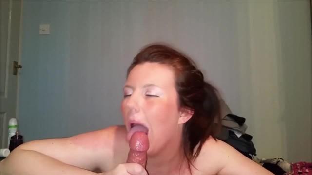 Cougar Amateur Loves to Swallow Cum