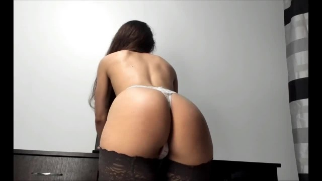 Ignore Tease with Sexy Ass Brunette