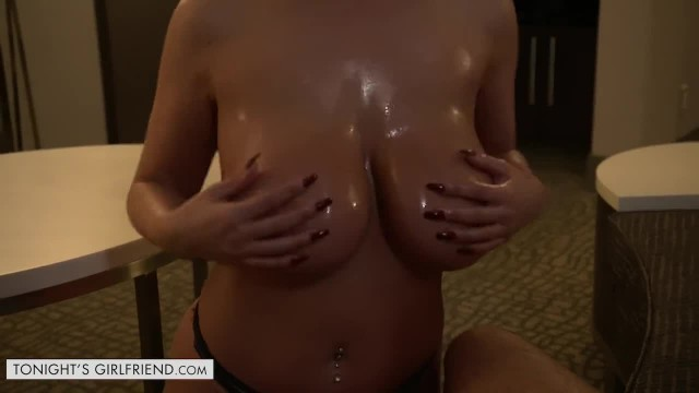 Tonights Girlfriend Brooklyn Chase Oils her Tits up