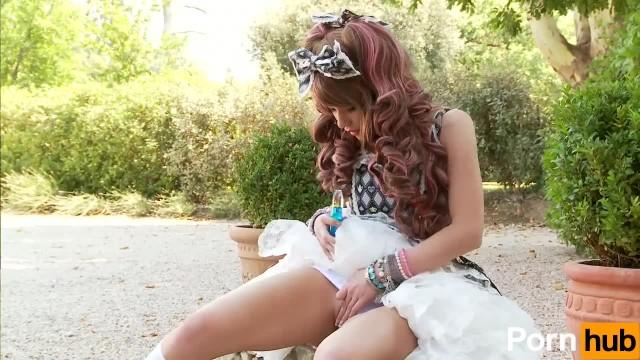 Cosplay Dolls - Scene 6