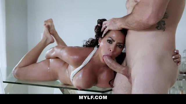 GotMylf - Hot MILF Juliana Vega gets her Twat Slammed