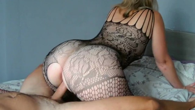 New sexy lingerie for Nini Divine who sublimates her big ass PAWG!