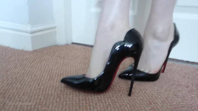 Louboutin Hot Chick Shoejob