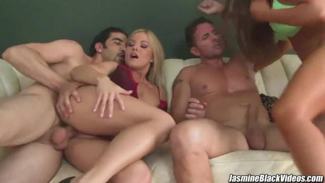 Jasmine Black has Anal Sex Orgy with some Hot Friends