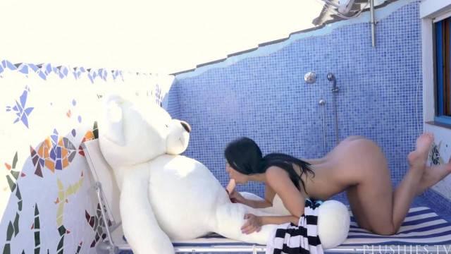 Naughty babe Kira Queen fuck her teddy bear in kinky fantasy