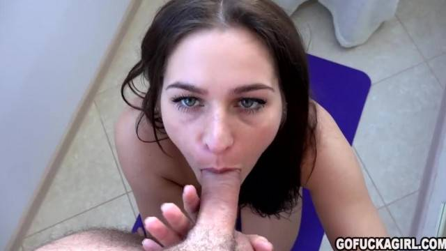GOFUCKAGIRL Yoga Perfect Footjob and Cum in Mouth