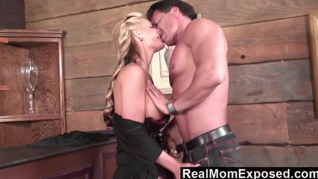 RealMomExposed Blonde MILF Takes it up the Ass