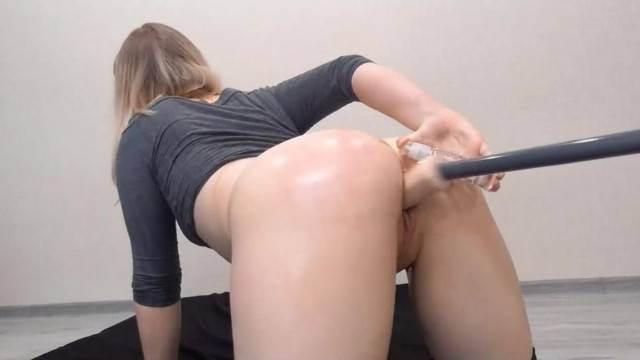 Fuck Machine deep in her sweet hot pussy and cums