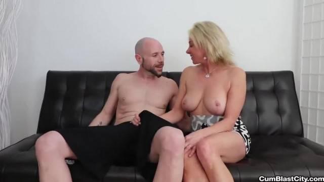 Cum Shower for the Horny MILF