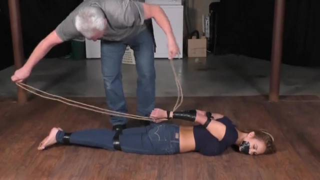 Amateur Bondage with immobilized cute babe