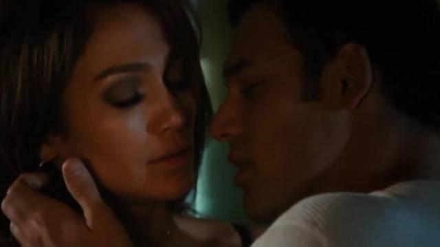 Jennifer Lopez in Naughty Sex Scene