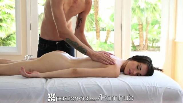 Passion HD Emily Grey gets a Sexy Pussy Massage