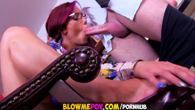 Hot Dirty Secretary Seduces her Boss in the office