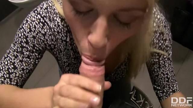 Blonde Pov Sloppy Deepthroat