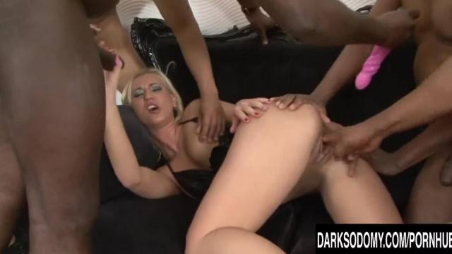 Linda Ray Big Black Cocks in her Ass