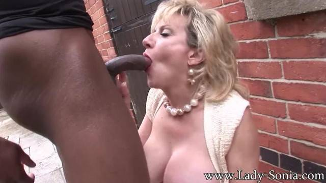 Mature Lady Sonia Trophy Wife Barebacked Outdoors