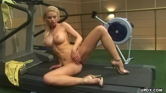 Big Titted Blonde Caylian Curtis is doing only Pussy Workout