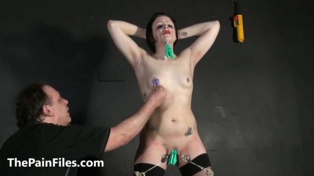 Slave Amateur Isabel Deans in Masochist Humiliation Training