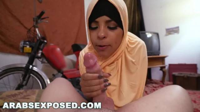 ARABS EXPOSED I Picked up Muslim Prostitute from the Street