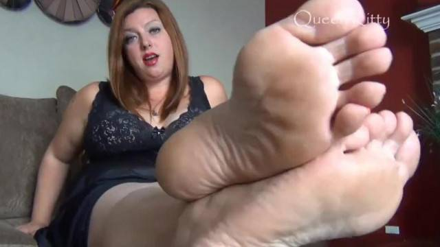 BBW Mistress Queen Kitty gives you Foot Domination Lesson