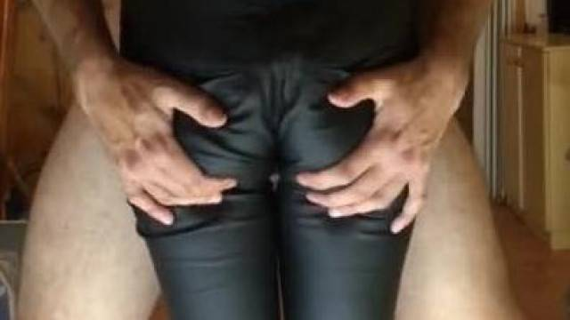 Leather Leggings Thigh Job and Cum between Thighs
