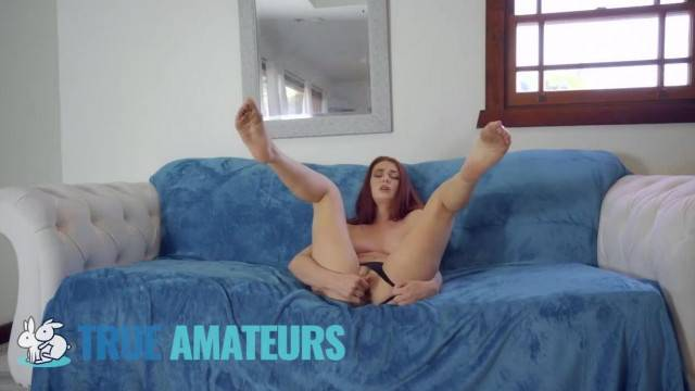 My Redhead GF Starts without Me but I made her Squirt TrueAmateurs