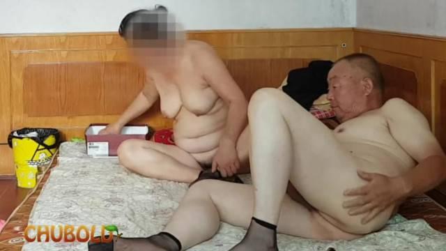 Chinese Grandpa Giving cock Grandma