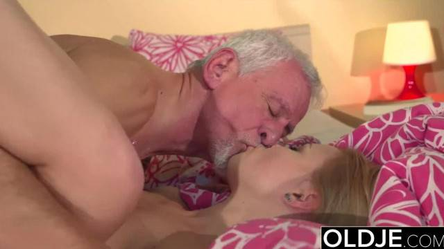 Grandpa Fucks 19 Year old Teen Pussy and Cums in her Mouth she Swallows