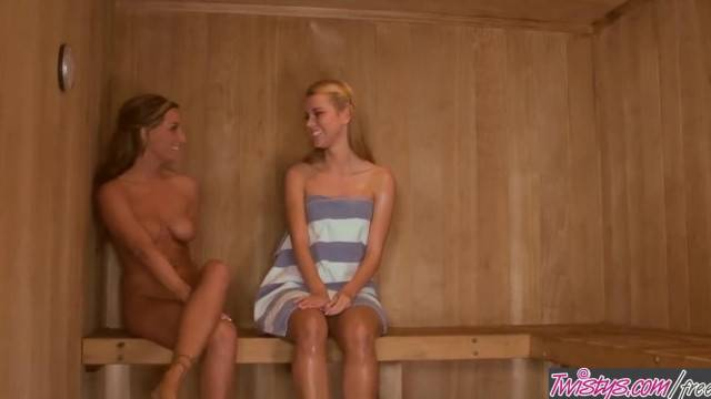 Twistys Jessie Rogers Melissa XoXo n Love in the Sauna