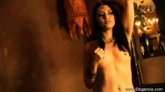 Beautiful Lady Bollywood Dancing