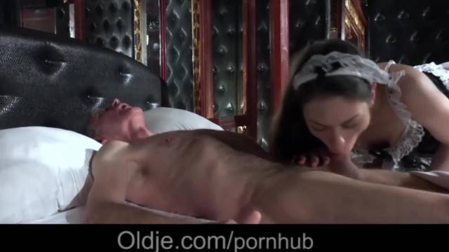 Sexy Young Maid Satisfy old Man with Sexual Servings