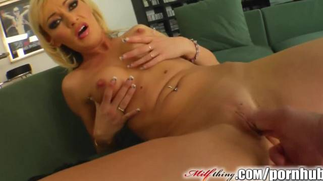 Horny 35 Years Old MILF Enjoys Hardcore Fuck with Younger Guy