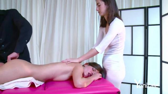 Yonitale Hot Silvie Luca has Amazing Orgasm